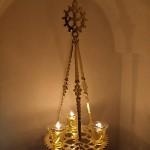 Лампадофор на три лампады, с крестом