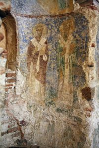 Святитель Василий Великий и неизв. святитель. Фреска крещальни Святой Софии Киевской, 12 век.