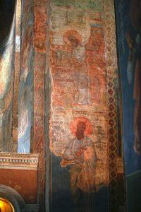 Сретение (вверху) и Апостол Павел, росписи южного алтарного столба. Кирилловская церковь, Киев, 12 в.